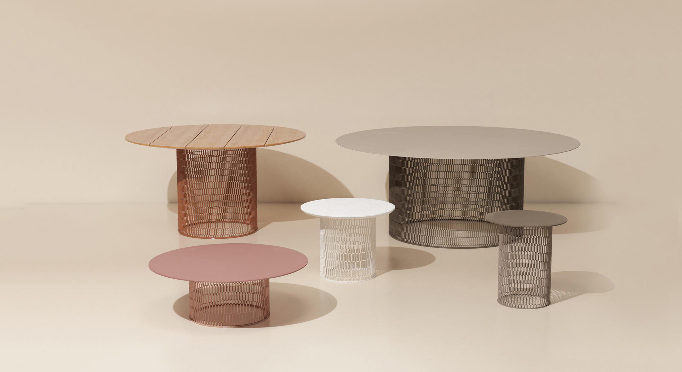 Mesh Coffee Table Small By Patricia Urquiola For Kettal
