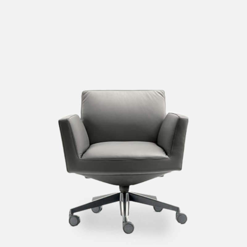 Poltrona Frau Chancellor Chair.Chancellor Low Back With Castors Chair By Lievore Altherr