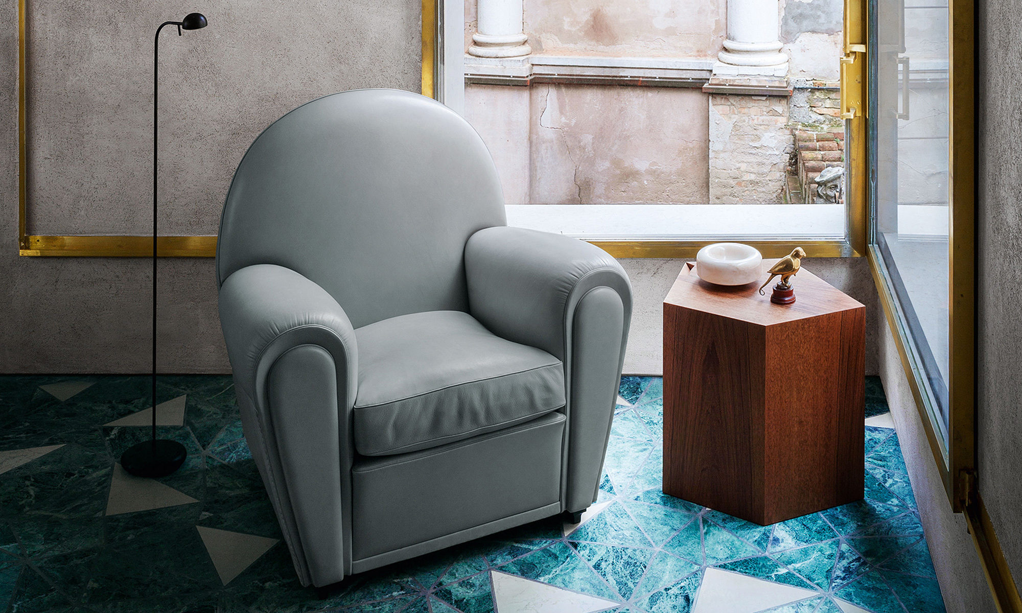 Vanity Fair Armchair by Renzo Frau for Poltrona Frau ...